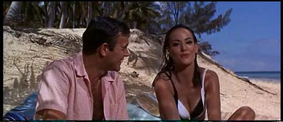 James Bond Girl Tonnerre5
