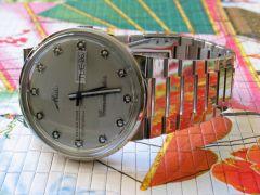 Une petite montre méconnue, pas chère et très sympa... .mido-large-5_s